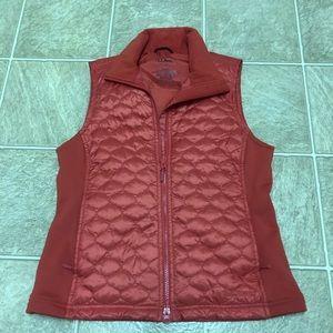L.l. Bean quilted coral vest